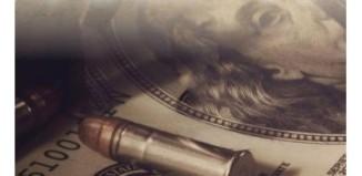 Bani de hartie de Ken Follett