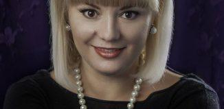 La o cafea (virtuală) cu Adriana Ungureanu