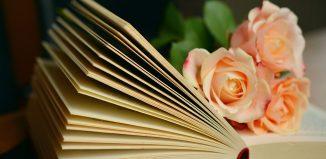 Decalogul cititoarei pe tocuri