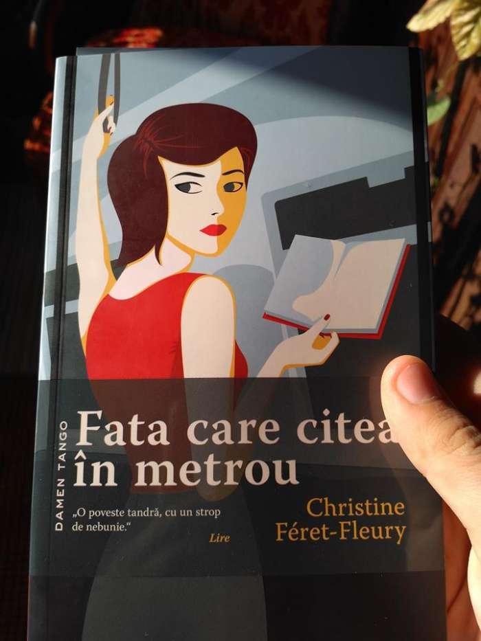 Fata care citea în metrou de Christine Féret-Fleury - recenzie