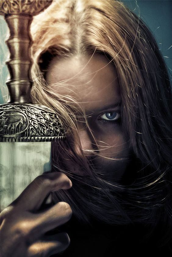 Top 10 cărţi fantasy scrise de autori români
