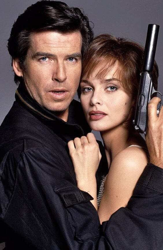 Seria CIA's Spies de Linda Howard-adrenalină şi suspans