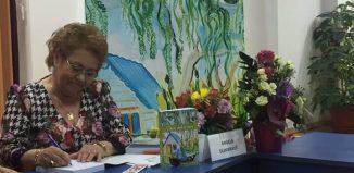 Prin ochii mei - Angela Dumbravă - O carte născută din bucuria de trăi