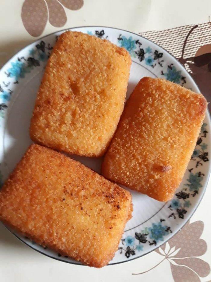 Cașcaval pane - Ruladă (chec) de carne - Prăjitură cu fructe