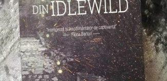 Fetele din Idlewild de Simone St. James