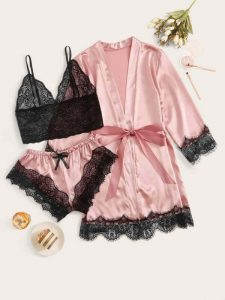 Lenjerie femei - pijamale