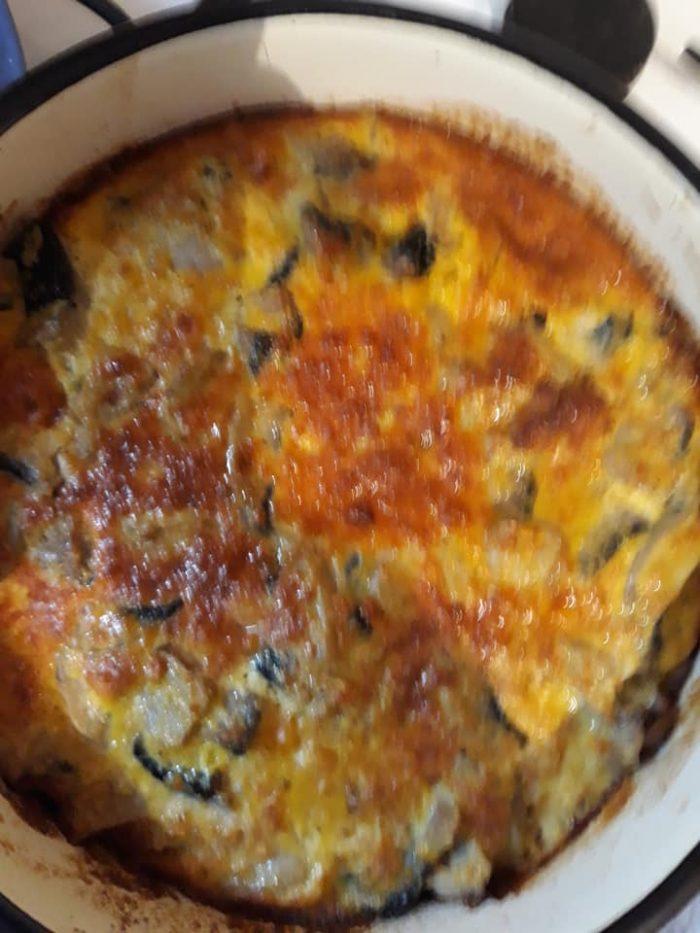 Tartă cu ouă și bacon - Budincă de legume la cuptor