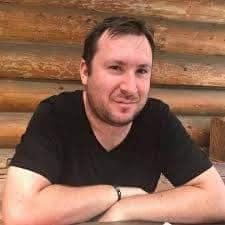 Interviu cu autorul Allex Trușcă - Ce-ai făcut în ultimii 4 ani?
