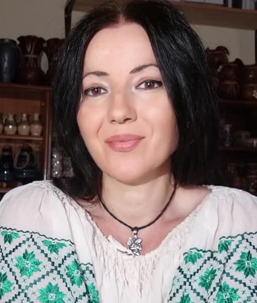 Interviu cu autoarea Dana Fodor Mateescu