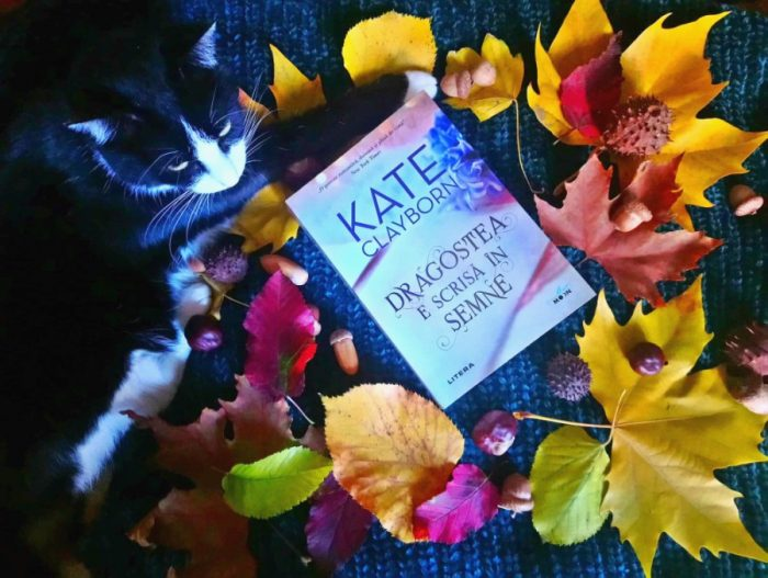 Dragostea e scrisă în semne de Kate Clayborn