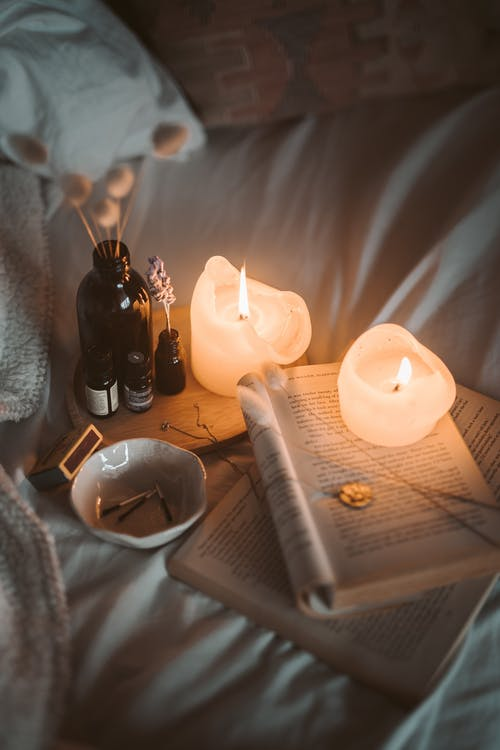 Poezie naivă - Mângâierea flăcării - Mihaela Hură - Daniel Vișan-Dimitriu