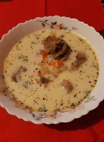 Ciorbă rădăuțeană - Dorada la cuptor cu cartofi gratinați - Prăjitură cu nucă