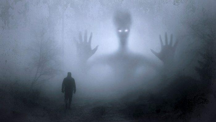 Ora fantomelor - Fragment La capătul șoaptelor - Mihai Cotea - Cadranul autorului